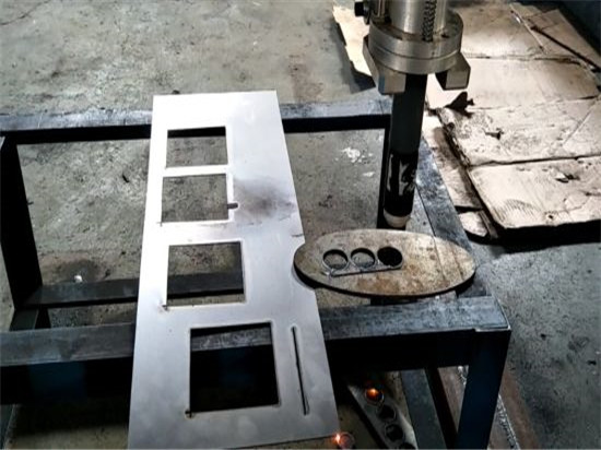 סין Jiaxin 1300 * 2500mm woking אזור פלזמה מכונת חיתוך עבור מתכת חותך פלזמה מיוחד Stat LCD לוח הבקרה המערכת
